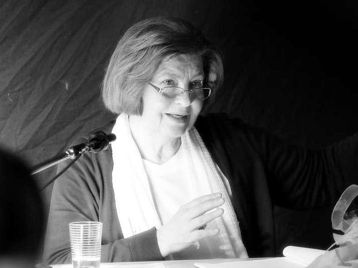 """""""Lange Schatten unserer Mütter."""" Schülerlesung von Safeta Obhodjas"""